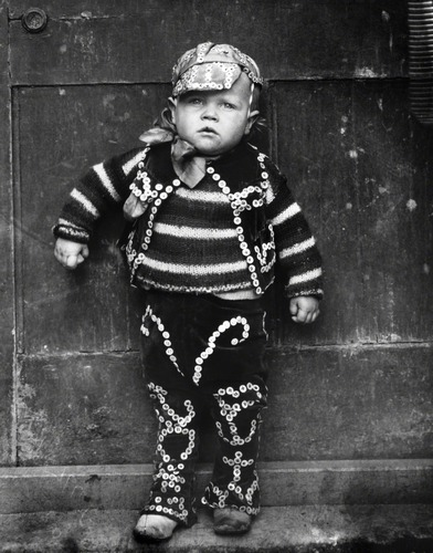 Hoppé, The 'Pearlies', Master William Dennis Simmons, London, 1922 © 2011 Curatorial Assistance, Inc. / E.O. Hoppé Estate Collection